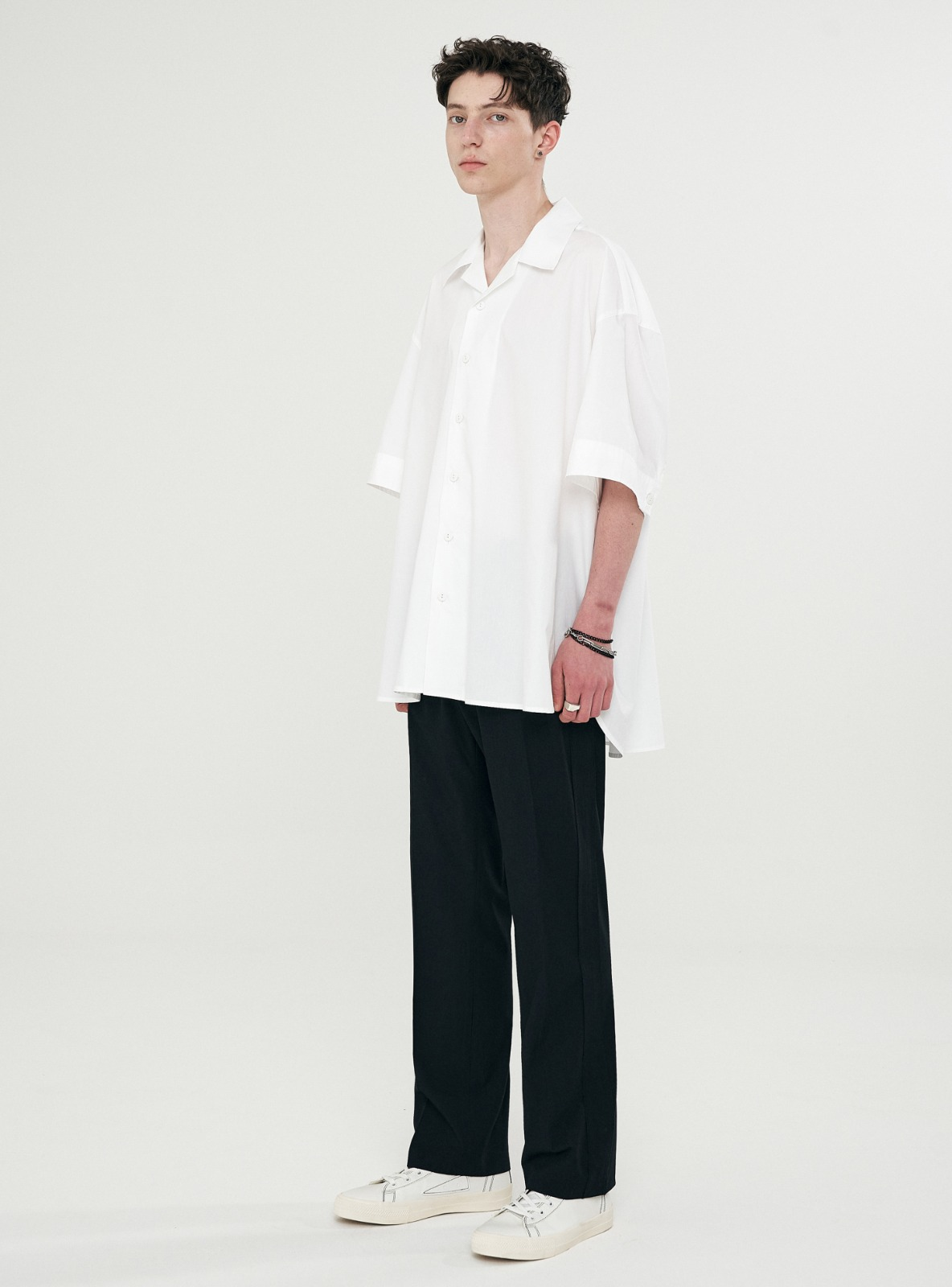 자체브랜드 - UGLY LONG WIDE SLACKS BLACK
