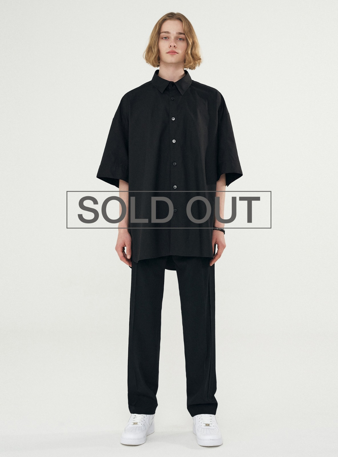 BACK PLEATS SHIRT BLACK