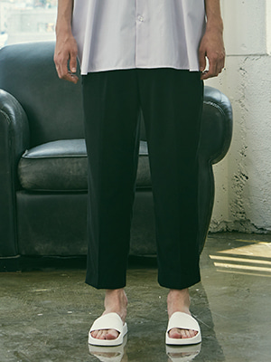 HALF BANDING SEMI WIDE PANTS BLACK