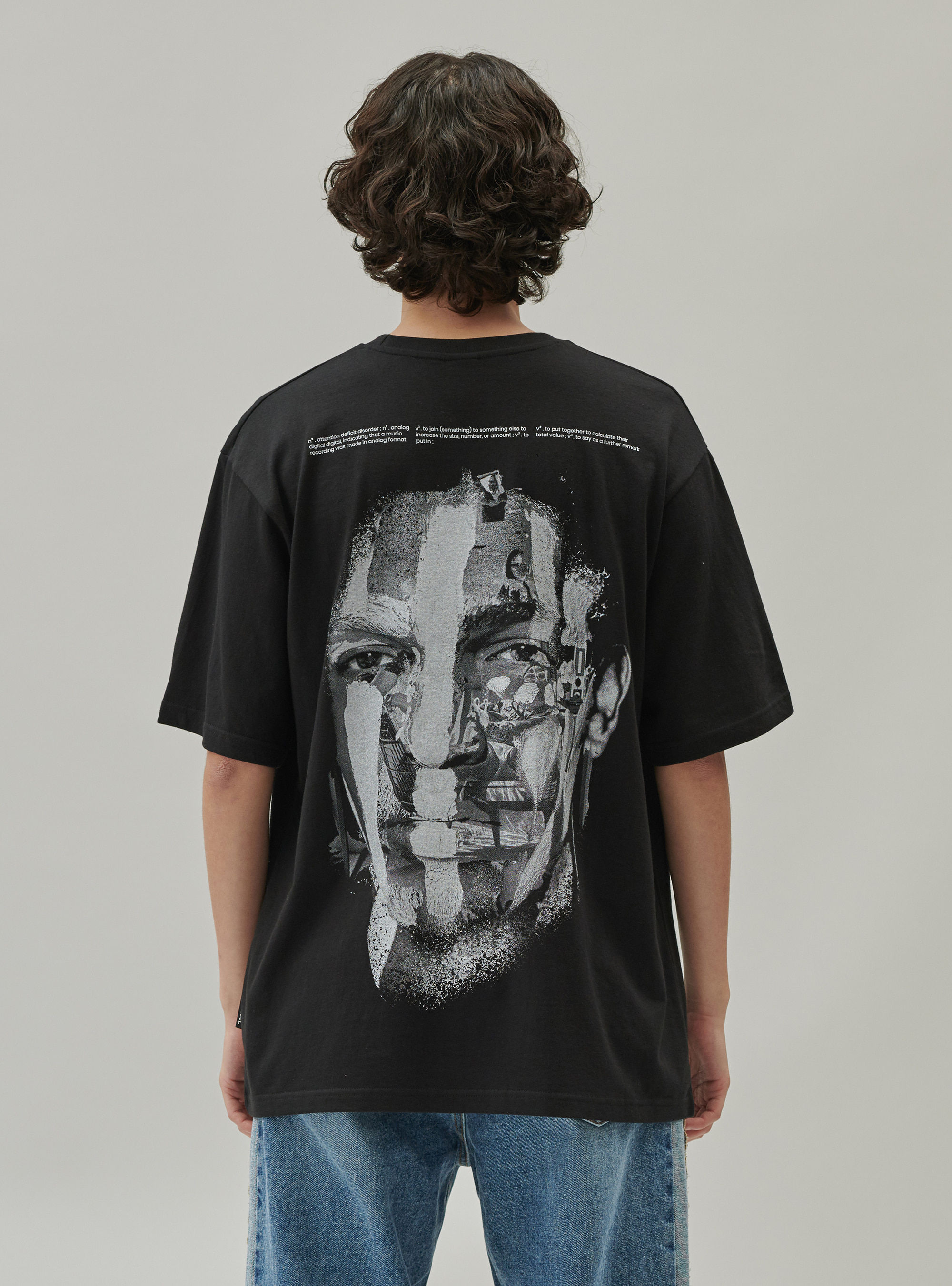 FACE PAINTING TEE BLACK