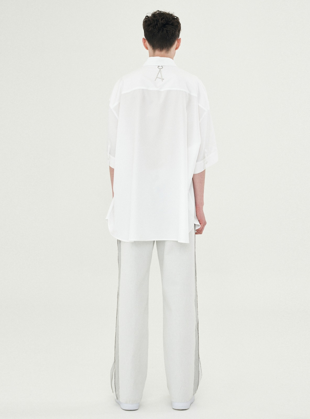 LOGO DROPPED AVANTGARDE SHIRT WHITE